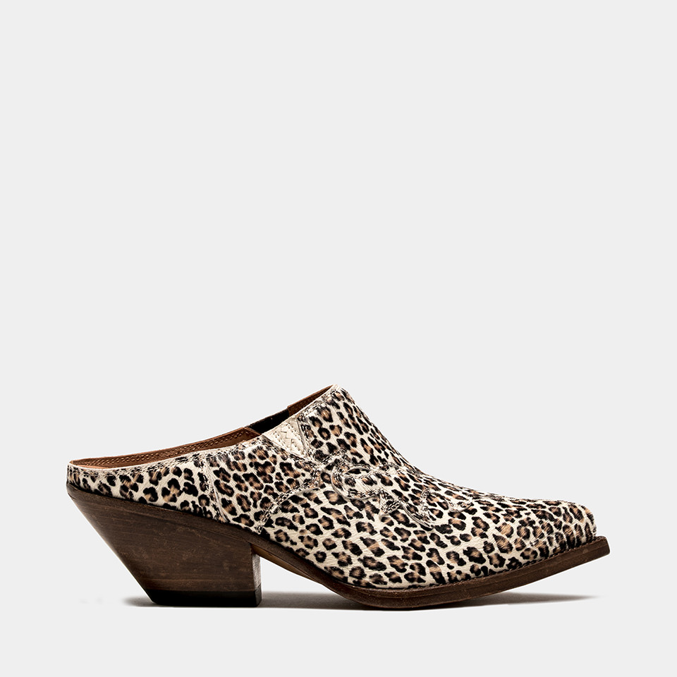 BUTTERO: ELISE CLOG IN WHITE PONY HAIR WITH LEOPARD PATTERN