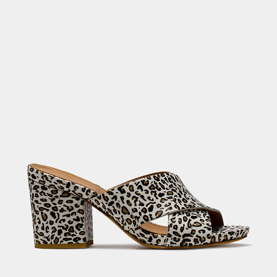 BUTTERO: OFF WHITE LEATHER ALISON SANDALS WITH LEOPARD PRINT