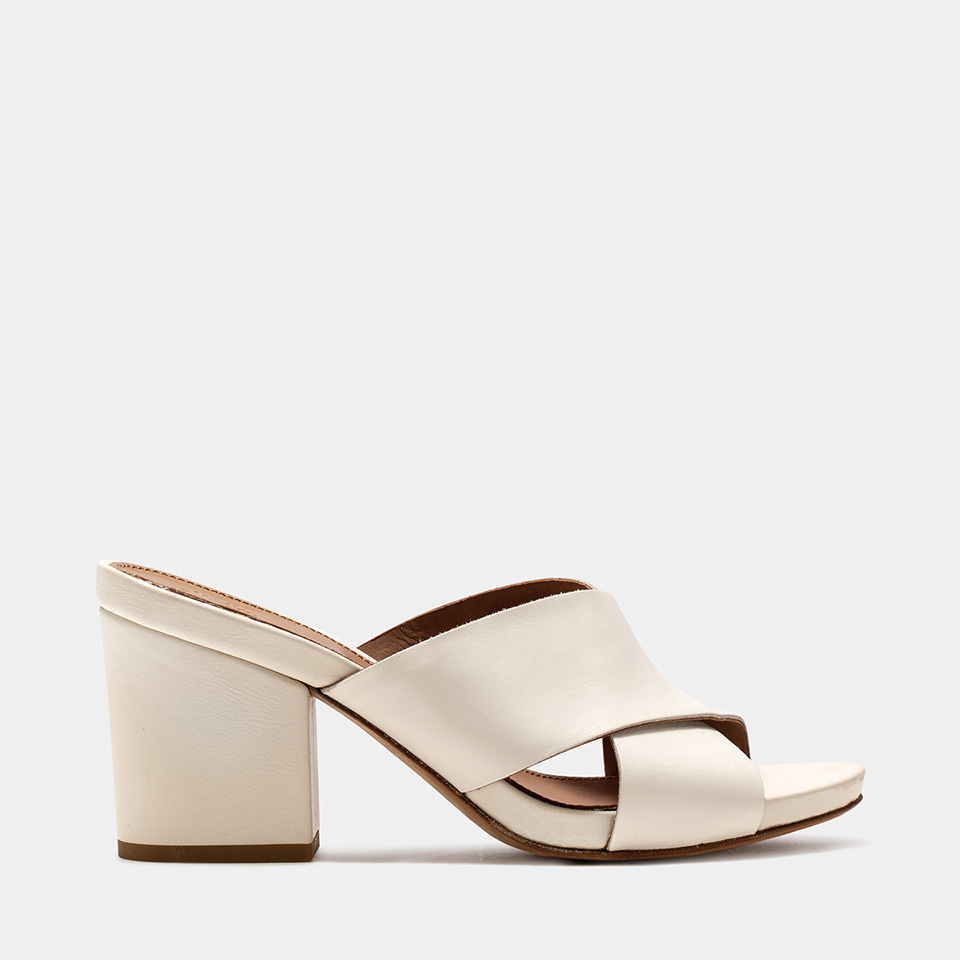 BUTTERO: CREAM LEATHER ALISON SANDALS