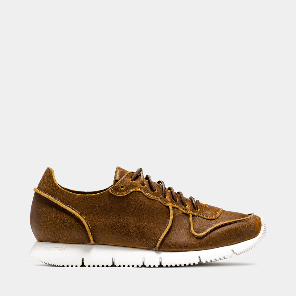 BUTTERO: CARRERA SNEAKERS IN NATURAL BROWN BIANCHETTO LEATHER