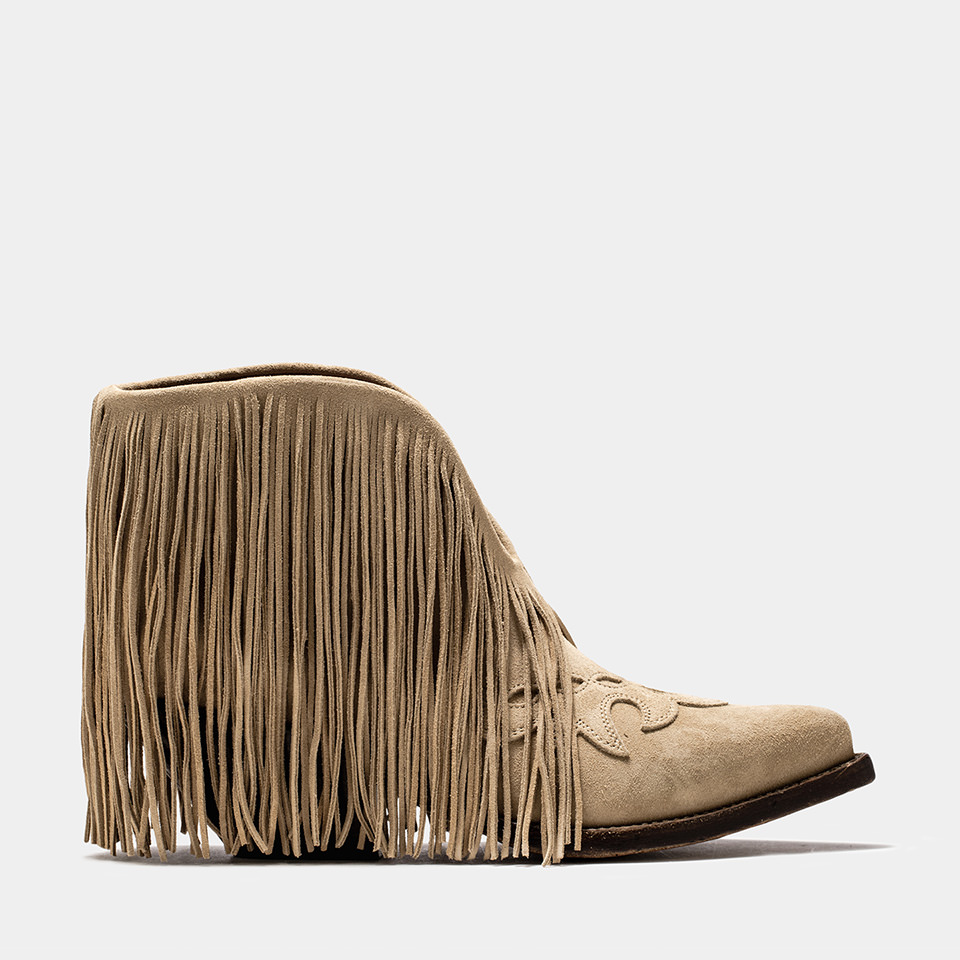 BUTTERO: ELISE LOW TOP DURANGO BOOTS IN CAPPUCCINO SUEDE WITH FRINGES