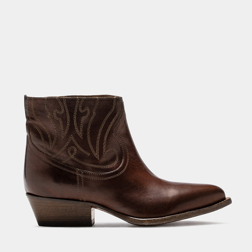 BUTTERO: NATURAL BROWN LEATHER TRES LOW TOP DURANGO BOOTS