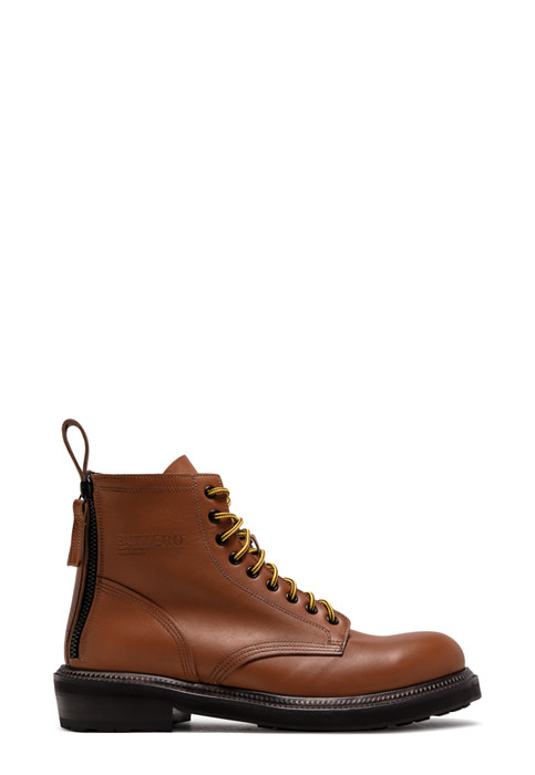BUTTERO: CARGO BOOTS IN NATURAL BROWN PULL EFFECT LEATHER (B8530BOWH-UG1/05)