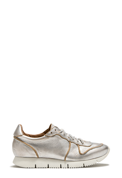 BUTTERO: CARRERA SNEAKER IN SILVER TONE LAMINATED LEATHER (B8170BIB-DG1/09)