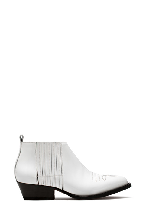 BUTTERO: WHITE VERNICE LEATHER TRES ANKLE BOOTS (B8621VERSO-DC1/02)
