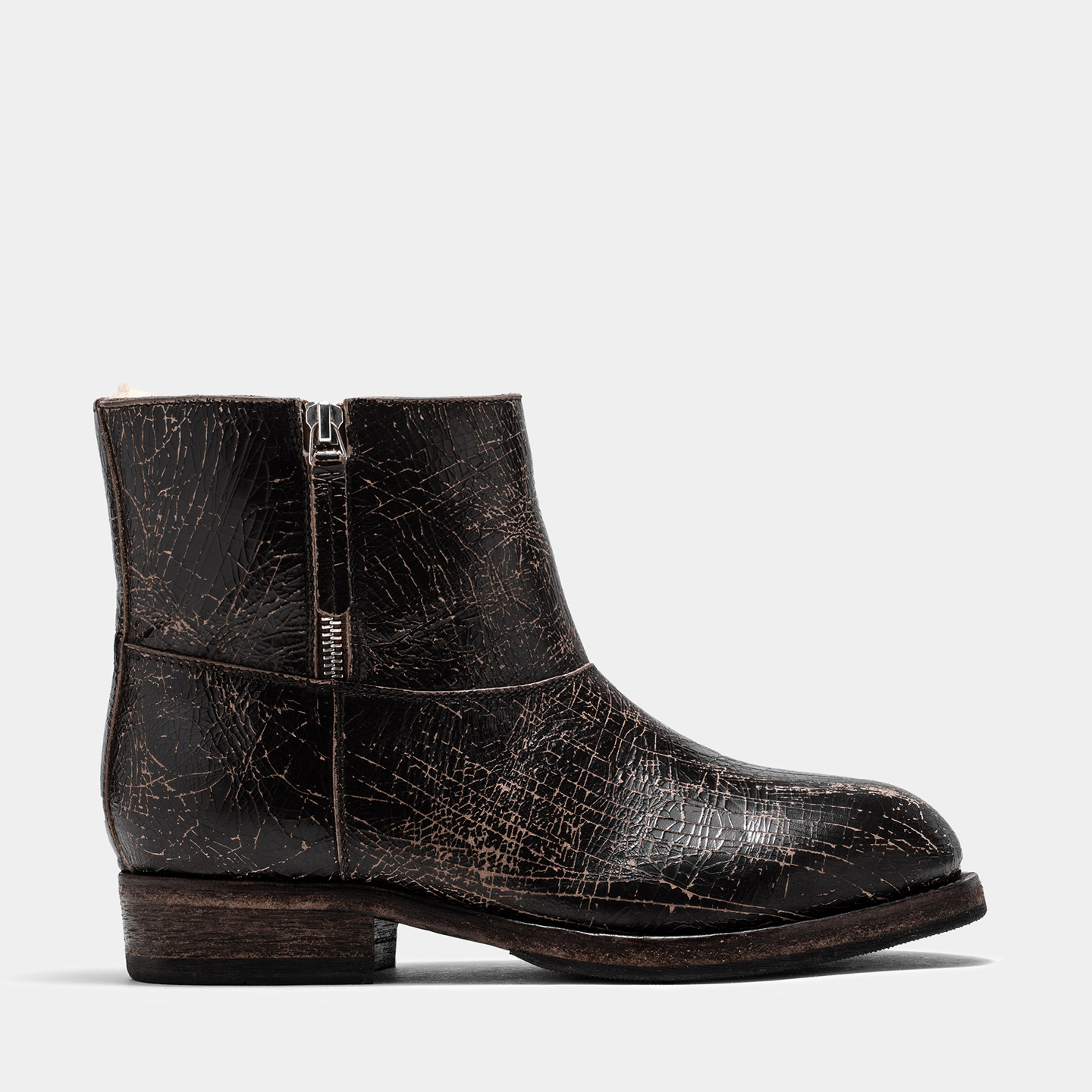 BUTTERO: LOU BIKER ANKLE BOOTS IN DARK BROWN CRACKLE EFFECT LEATHER