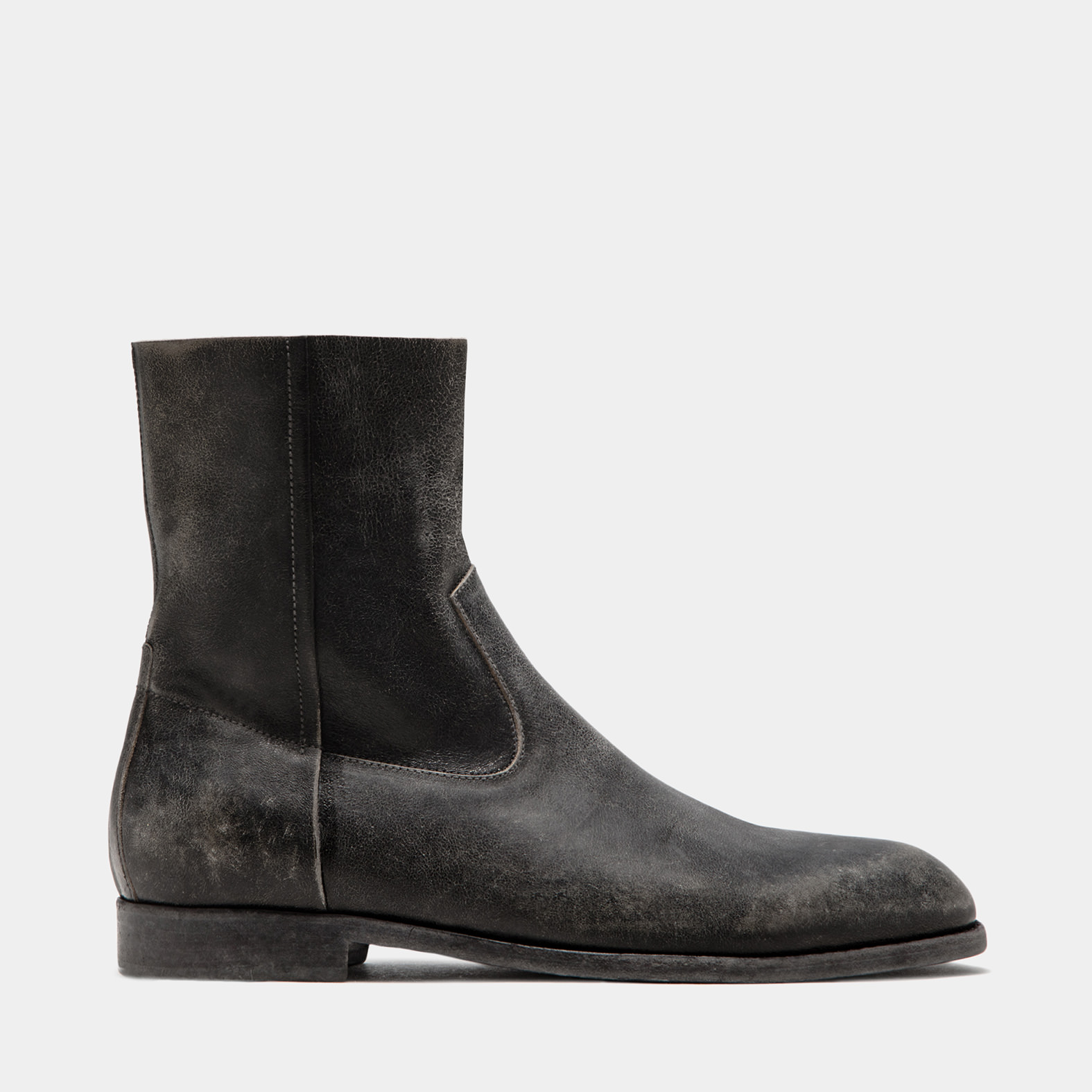 BUTTERO: BLACK USED EFFECT LEATHER FLOYD ANKLE BOOTS