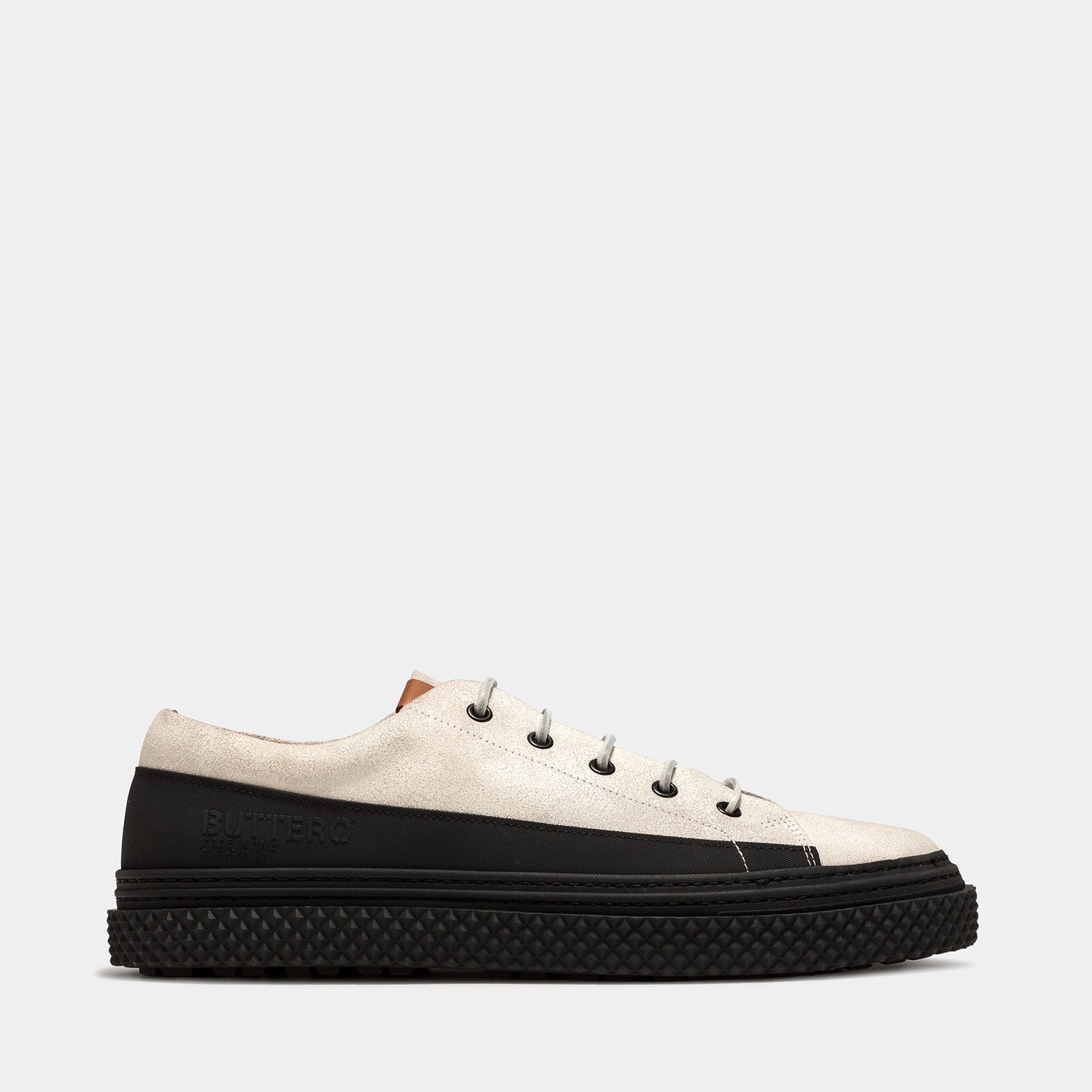 BUTTERO: BRIGATA SNEAKERS IN WHITE CRACKLE EFFECT LEATHER