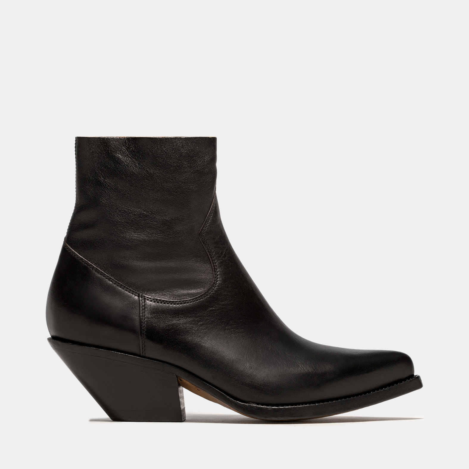 BUTTERO: ELISE DURANGO BOOTS IN BLACK LEATHER