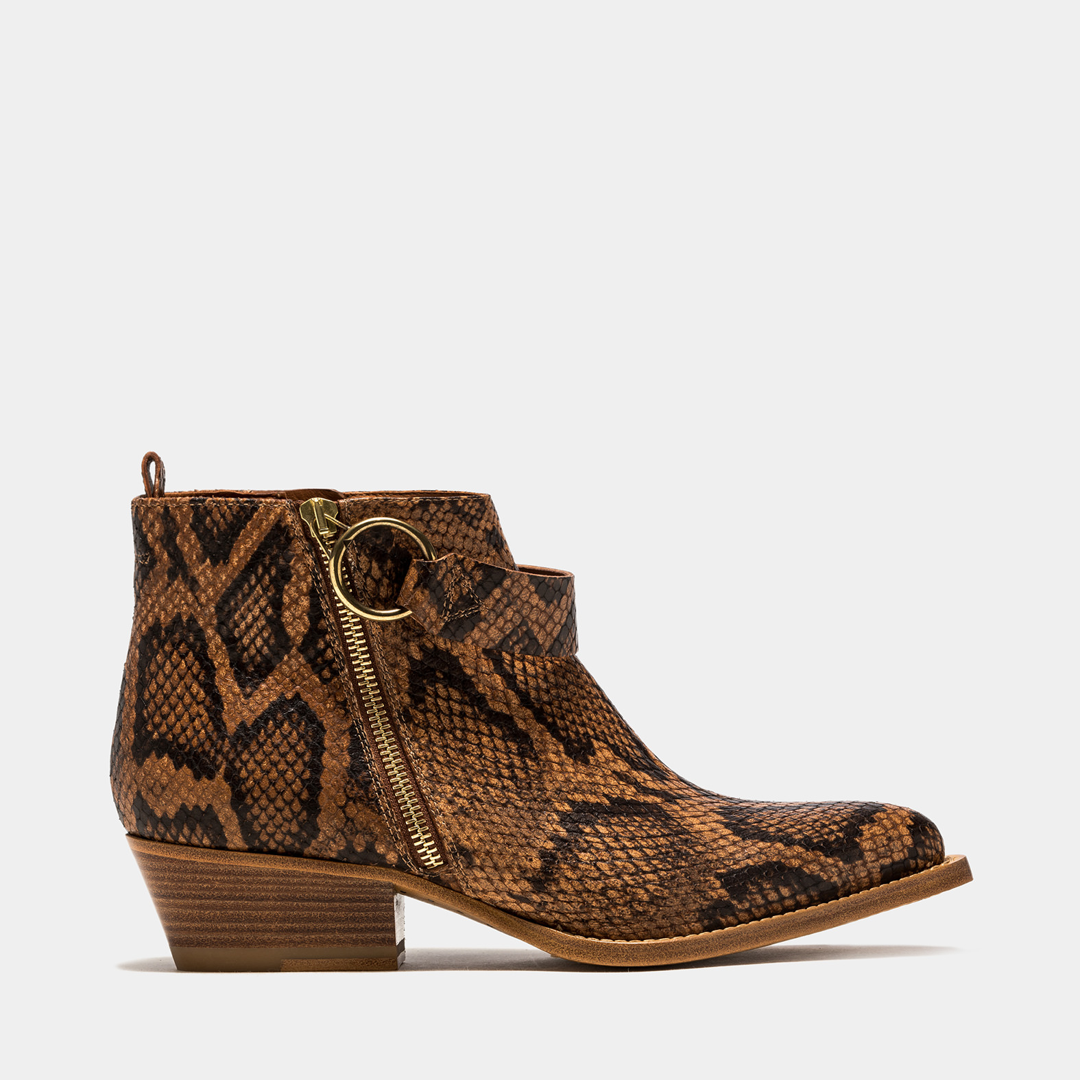 BUTTERO: TRES LOW-TOP DURANGO BOOTS IN BRANDY COLOR PYTHON PRINT LEATHER